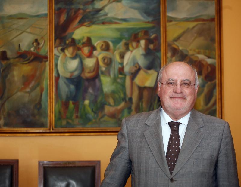 Ministro da Agricultura submetido a cirurgia