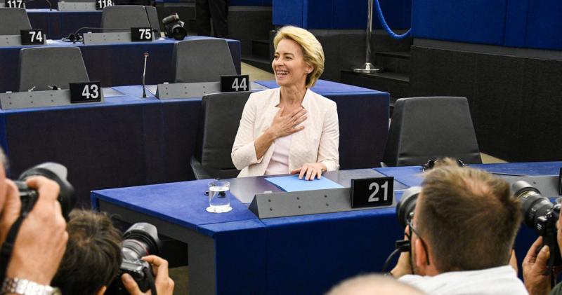 URSULA VON DER LEYEN é nova presidente da Comissão Europeia
